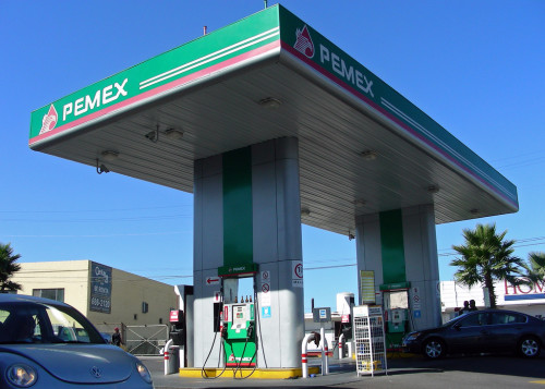 Pemex gas station-Creative Commons