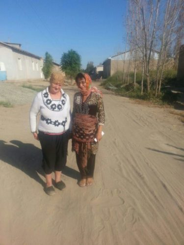 Elena Urlaeva and Malohat Eshankulova (Khorezm region, September 2015)